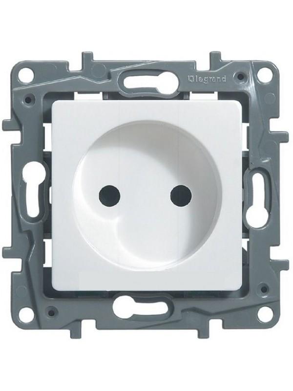 Розетка электрическая Etika (Legrand 672220)
