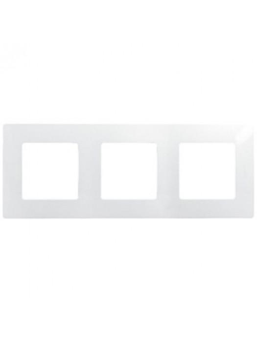 Рамка 3-постовая Etika (Legrand 672503)
