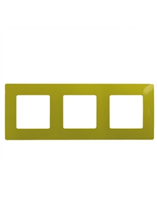 Рамка 3-постовая Etika (Legrand 672543)