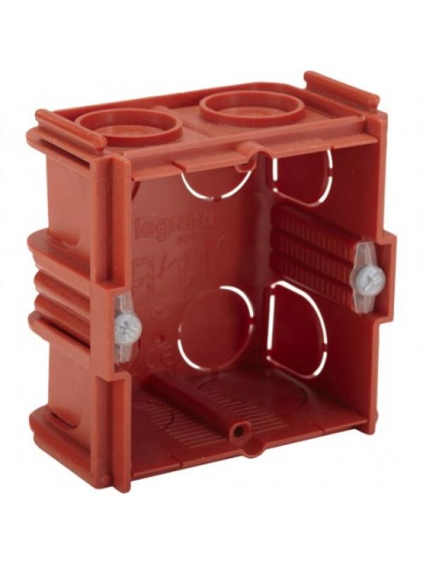 Коробка для кирпичных стен 30мм 1П Celiane (Legrand 80131)