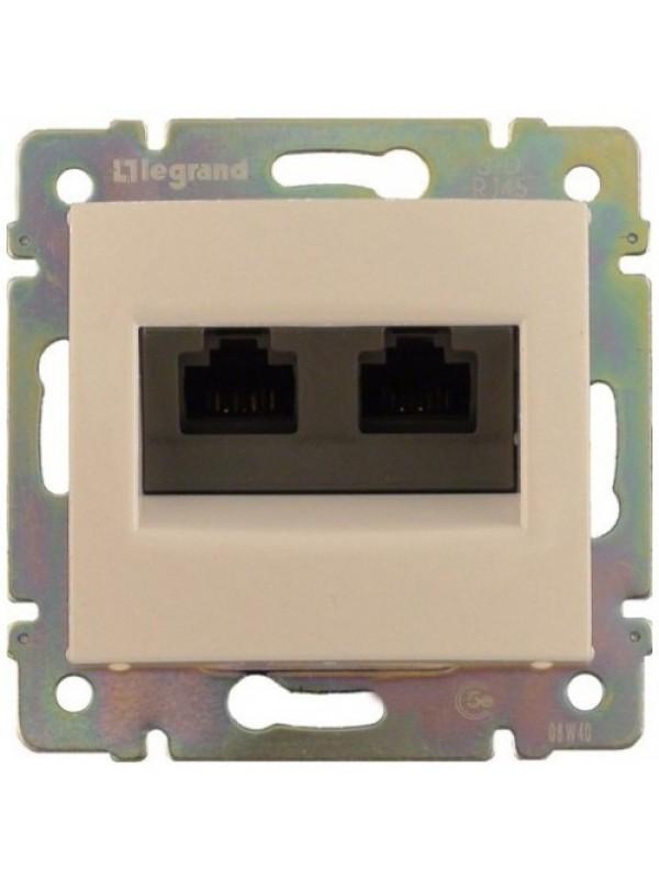Розетка компьютерная 5e UTP Valena (Legrand 774131)